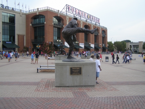 Turner Field Warren Spahn statue